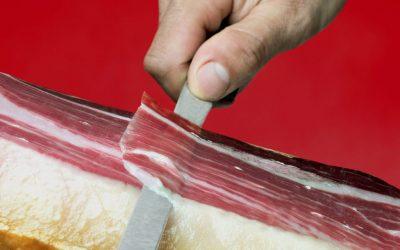 Sai perché è importante tagliare correttamente il tuo prosciutto iberico?