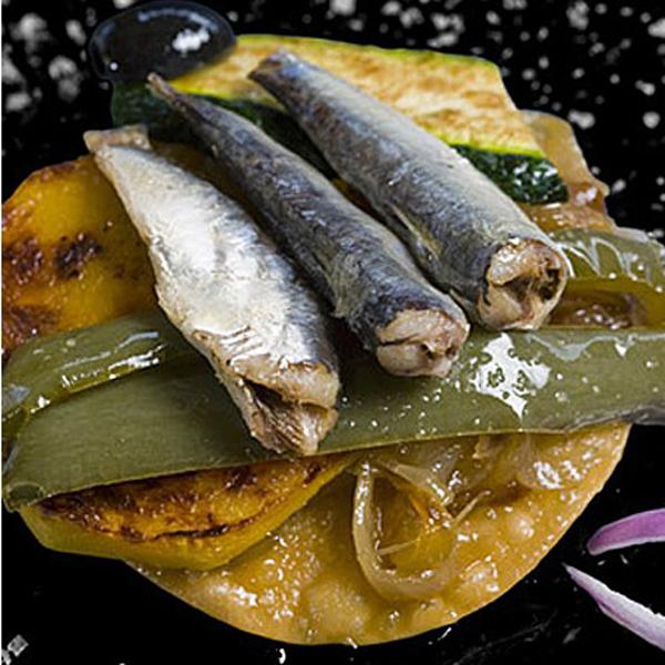 Sardine in olio di oliva, pesce fresco molto benefico per la salute